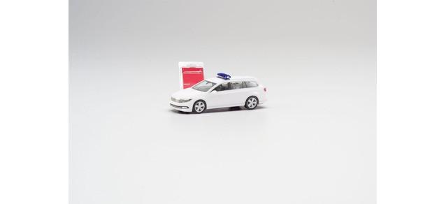 """Herpa Minikit VW Passat Variant """" Modell in weiß mit Blaulichtbalken """", NH 05-06/20"""