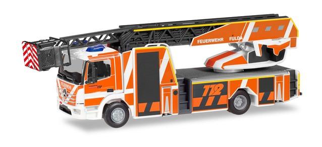 """Herpa MB Atego 13 """"DLK L32A Feuerwehr Fulda"""", NH 01-02/20"""