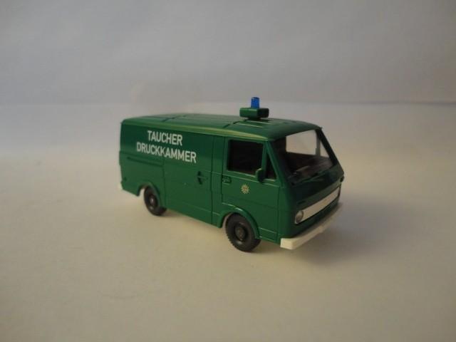 Wiking VW LT 28 Polizei Taucher Druckkammer -Einzelstück-
