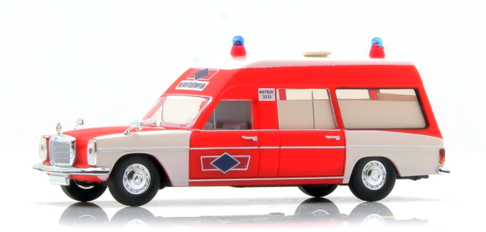 "Brekina MB/8 KTW "" Feuerwehr Phönix Reifen Hamburg """