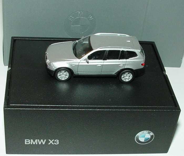 Herpa BMW X3  titansilber-metallic in BMW-Klappbox  -Einzelstück-