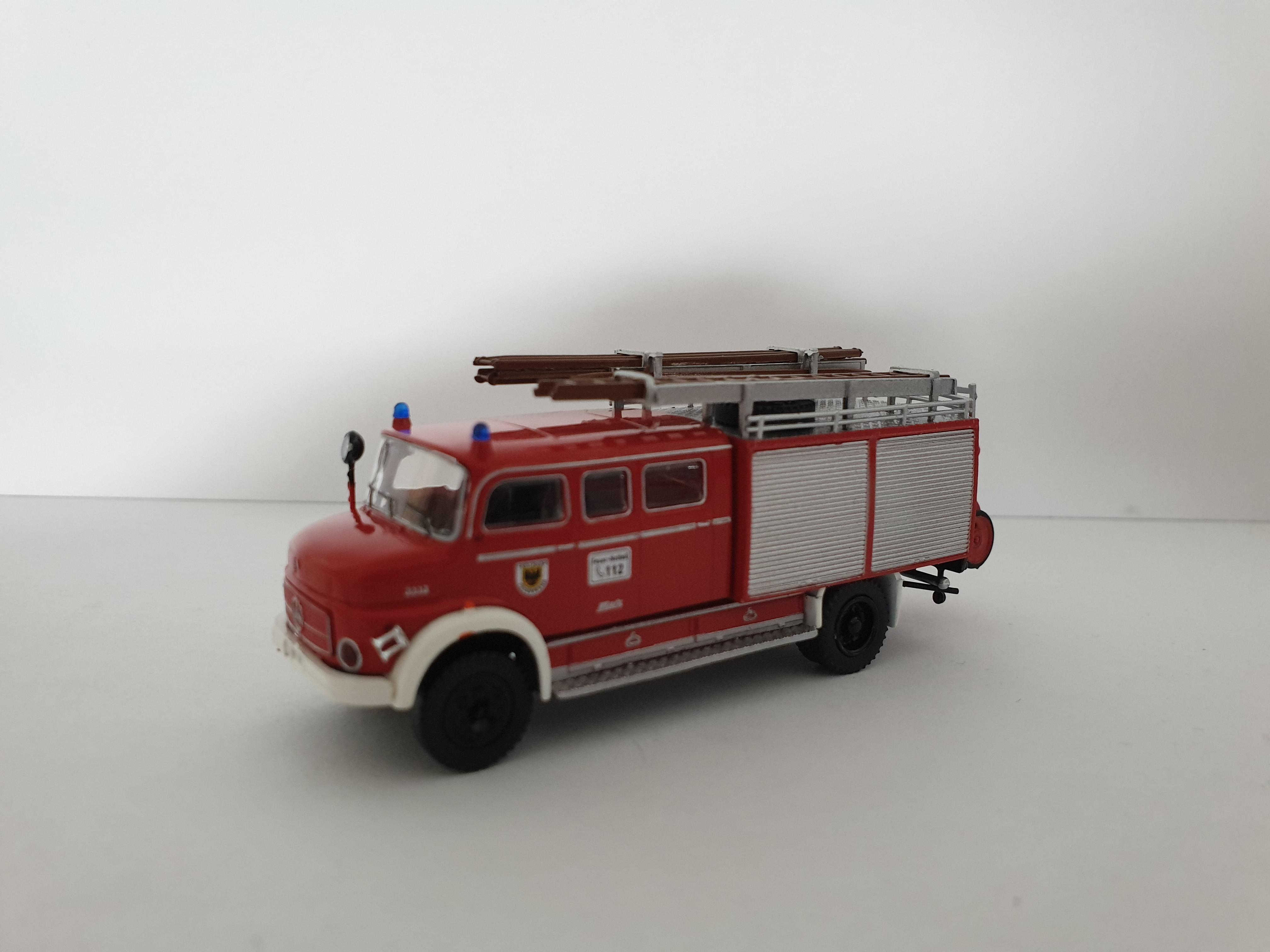 Brekina MB LAF 1113 LF 16 Feuerwehr Dortmund / Sondermodell Intermodellbau 2019