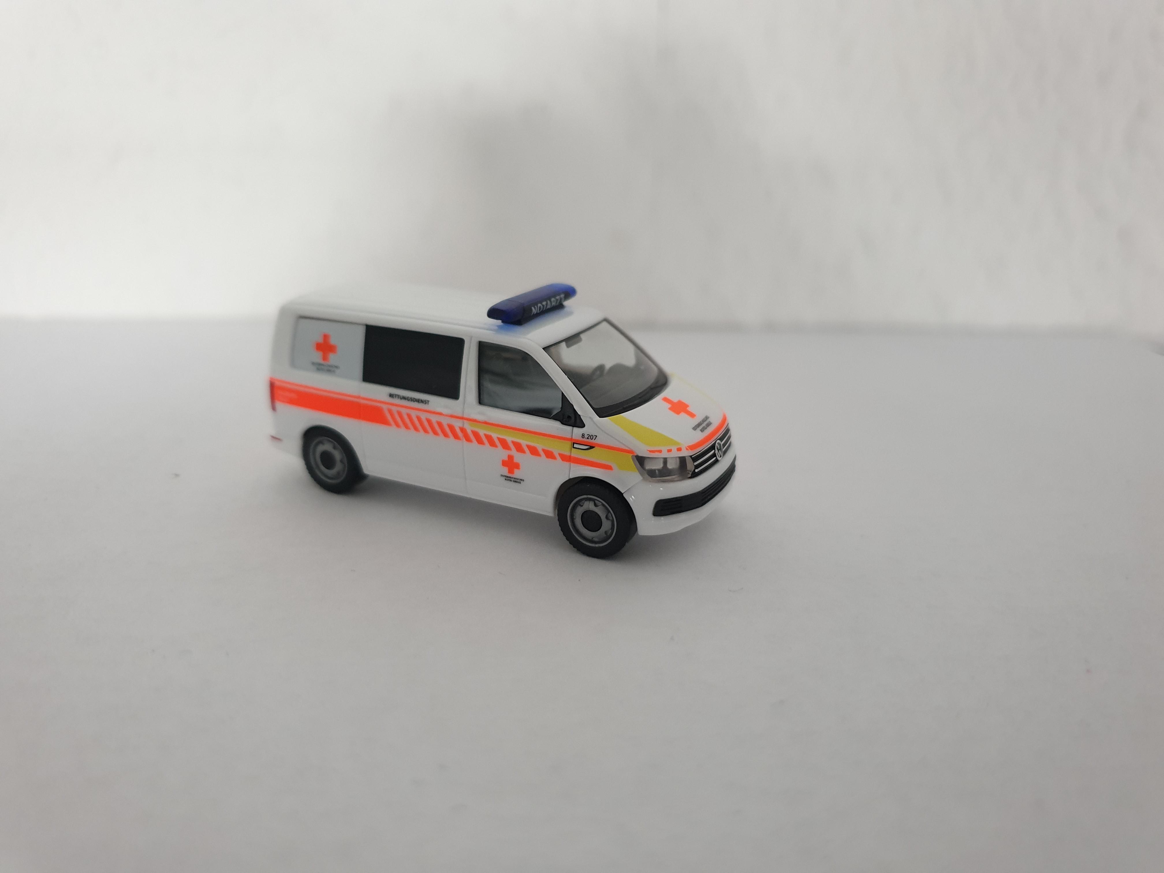 1//87 Herpa VW T6 ÖRK Salzburg Stadt A 937733