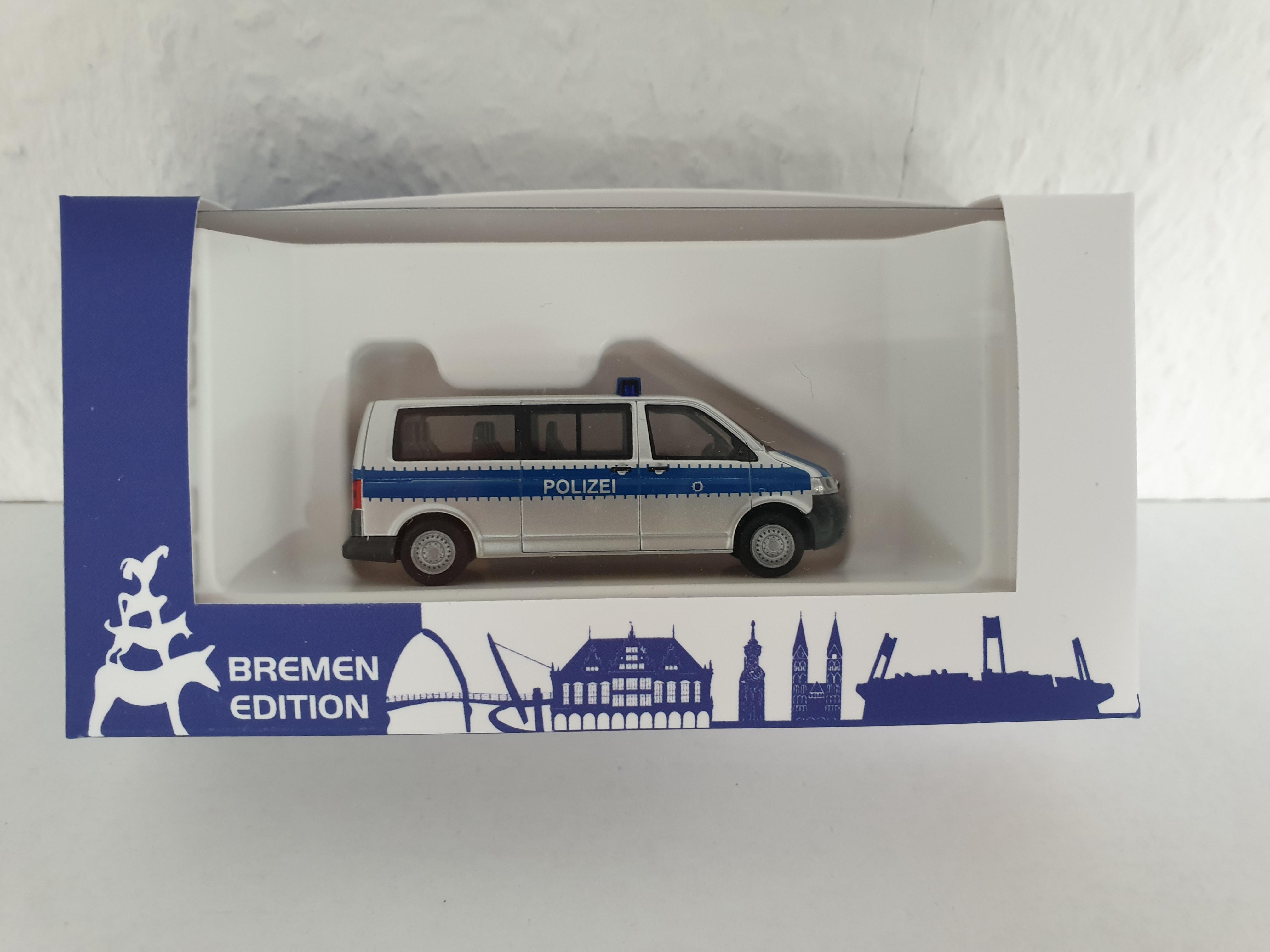 """Rietze """"Polizei Bremen - VW T5 LR """"Streifenwagen"""""""