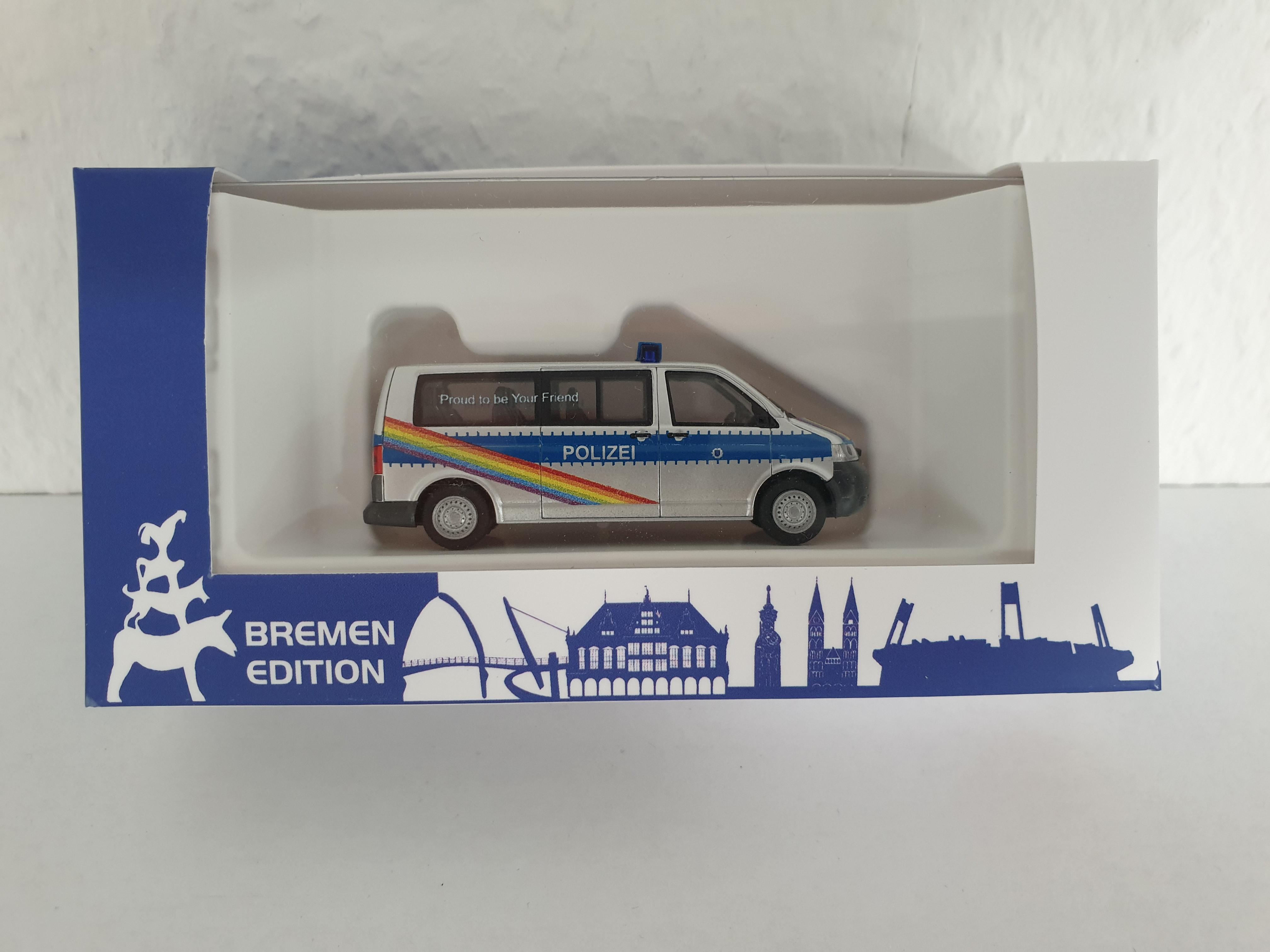 """Rietze  """"Polizei Bremen - VW T5 LR """"CSD-2018 Streifenwagen"""""""