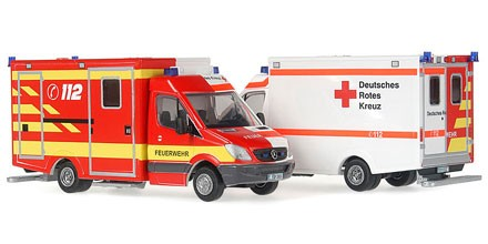 Rietze MB Sprinter RTW DRK / Feuerwehr -RETTmobil 2011- (Einzelstück)