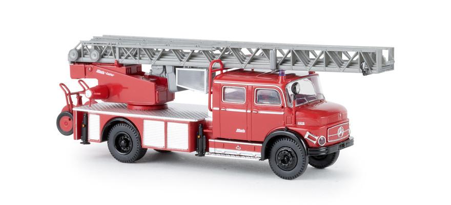 Brekina MB L 1519 DLK Feuerwehr in rot / schwarz