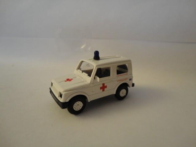 Rietze Suzuki SJ 410 Rode Kruis Kolonne