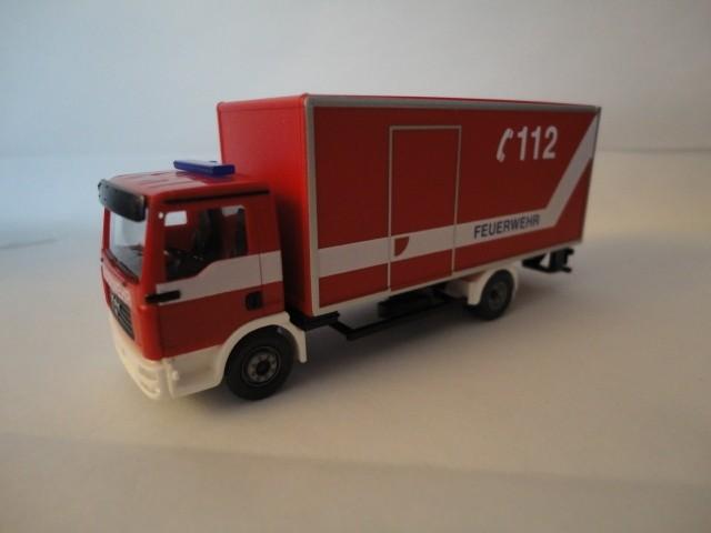 Wiking MAN TGA L Koffer-LKW Feuerwehr