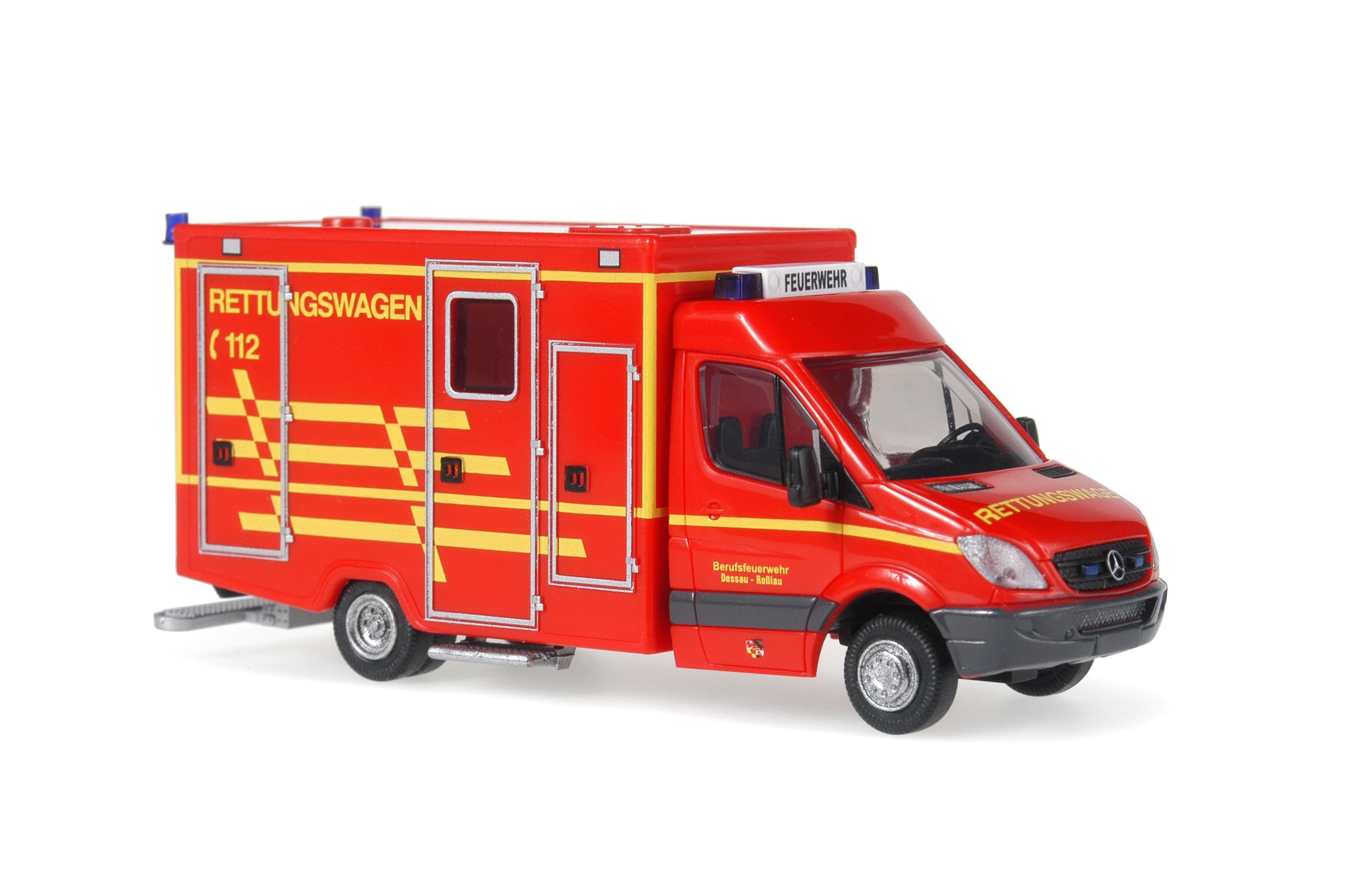 Rietze MB Sprinter 06 RTW Feuerwehr Dessau