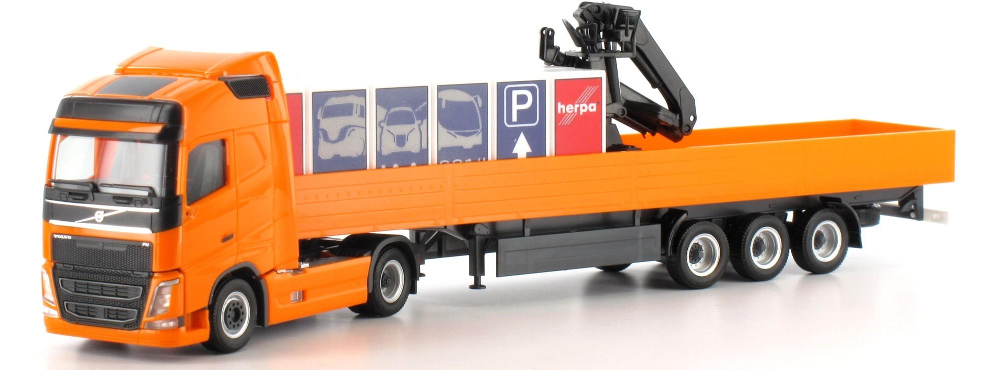 Herpa Volvo FH Gl. Pritschen-Sattelzug IAA-Messemodell (Restmenge)
