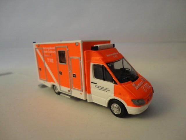 Rietze MB Sprinter 99 RTW JUH Duisburg