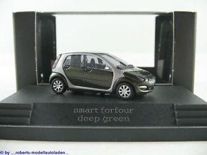 Busch Smart forfour ´04 deep green in PC-Box  -Einzelstück-