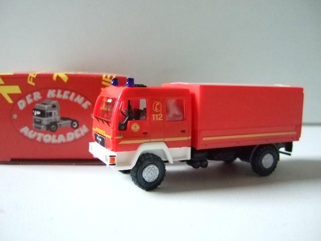 Rietze MAN L 2000 DEKON-P Feuerwehr Hamburg Wohldorf