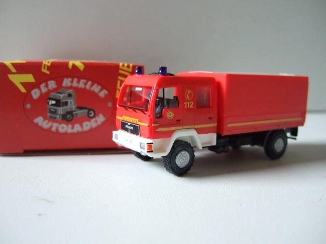 Rietze MAN L 2000 DEKON-P Feuerwehr Hamburg Warwisch -Einzelstück-
