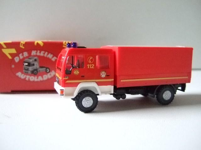 Rietze MAN L 2000 DEKON-P Feuerwehr Hamburg Fünfhausen