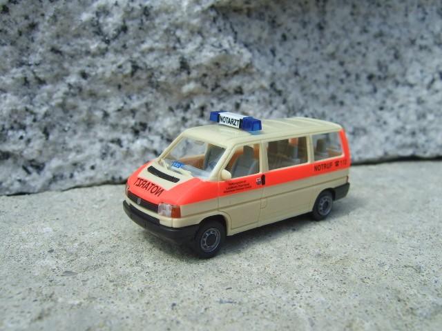 AWM VW T4 KR Bus Notarzt Oberhavel