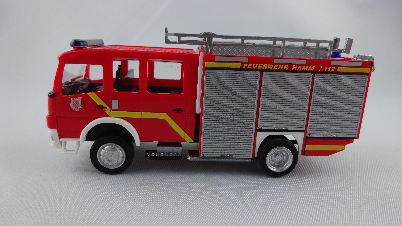 Rietze MB Atego 04 TLF 20/40 Feuerwehr Hamm Westen