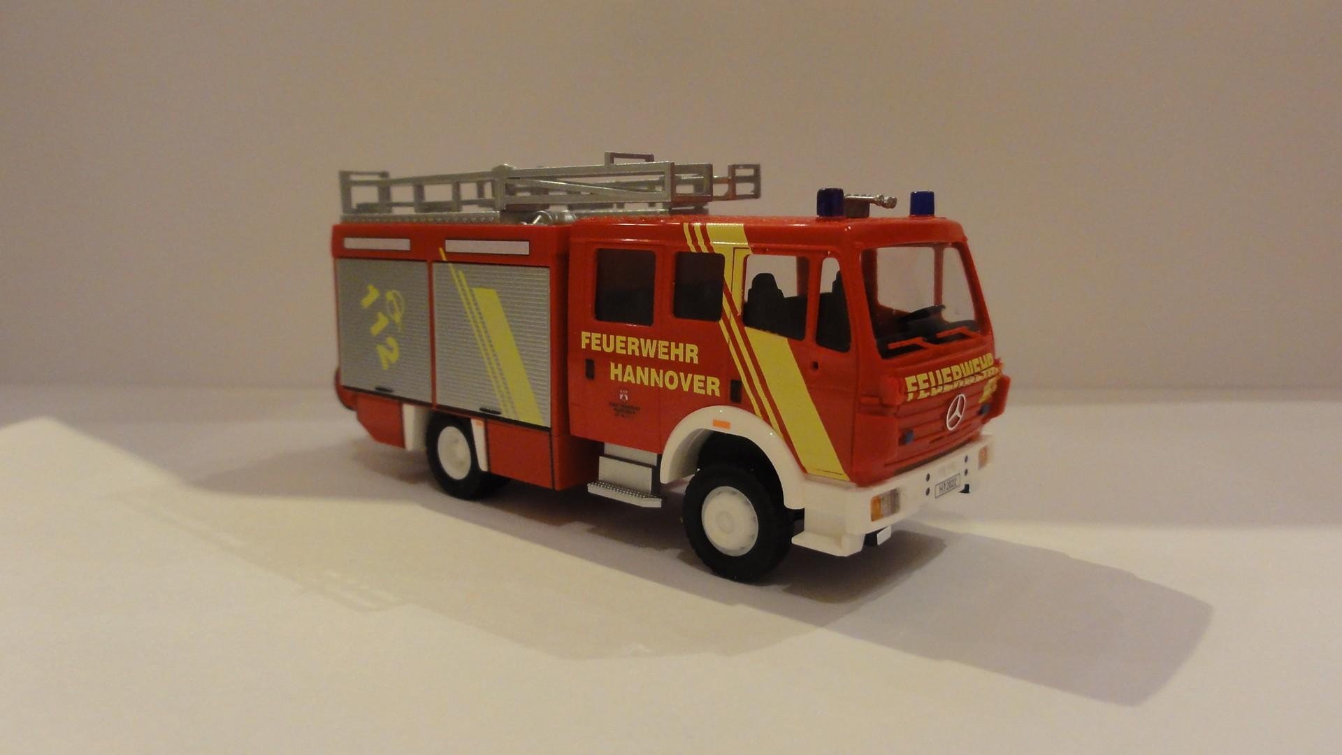 Busch MB MK 94 LF 16/12 Feuerwehr Hannover Vinnhorst