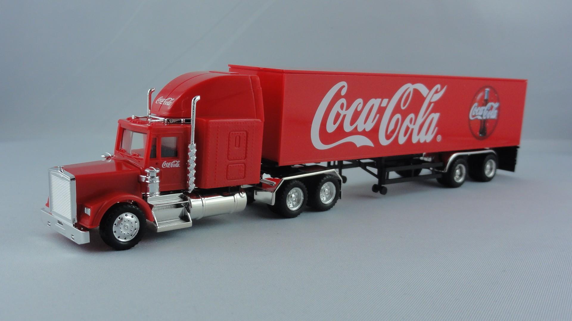 Lemke/Herpa  Freightliner Koffer-Sattelzug Coca-Cola Truck -Einzelstück-