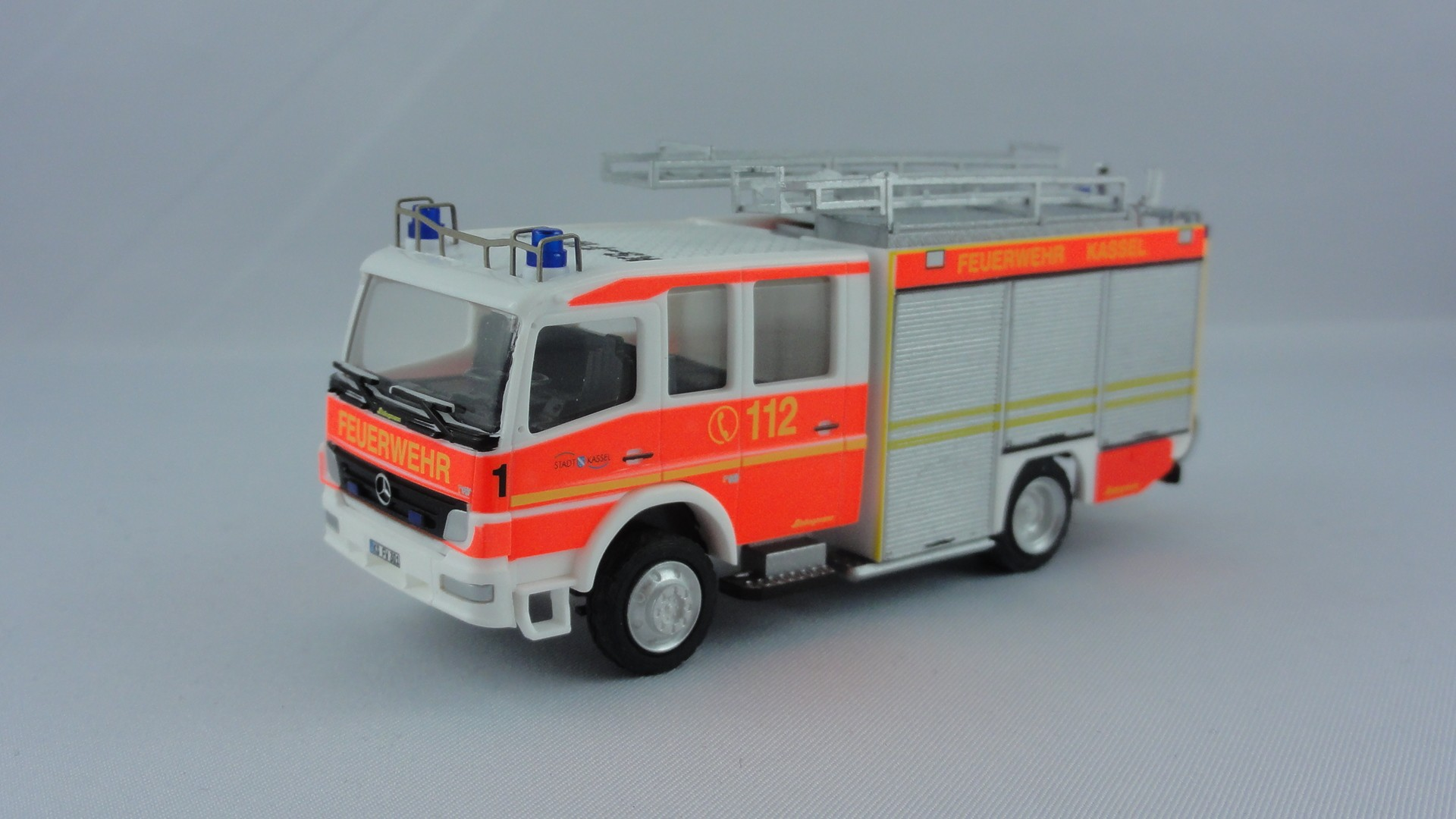 Rietze MB Atego 04 HLF 1 BF Kassel