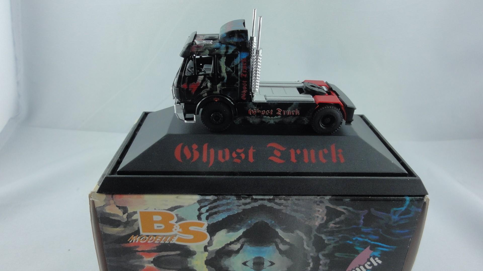 """B&S Modelle Mercedes SK Zugmaschine """" Ghost Truck""""  in PC-Box- (Einzelstück)"""