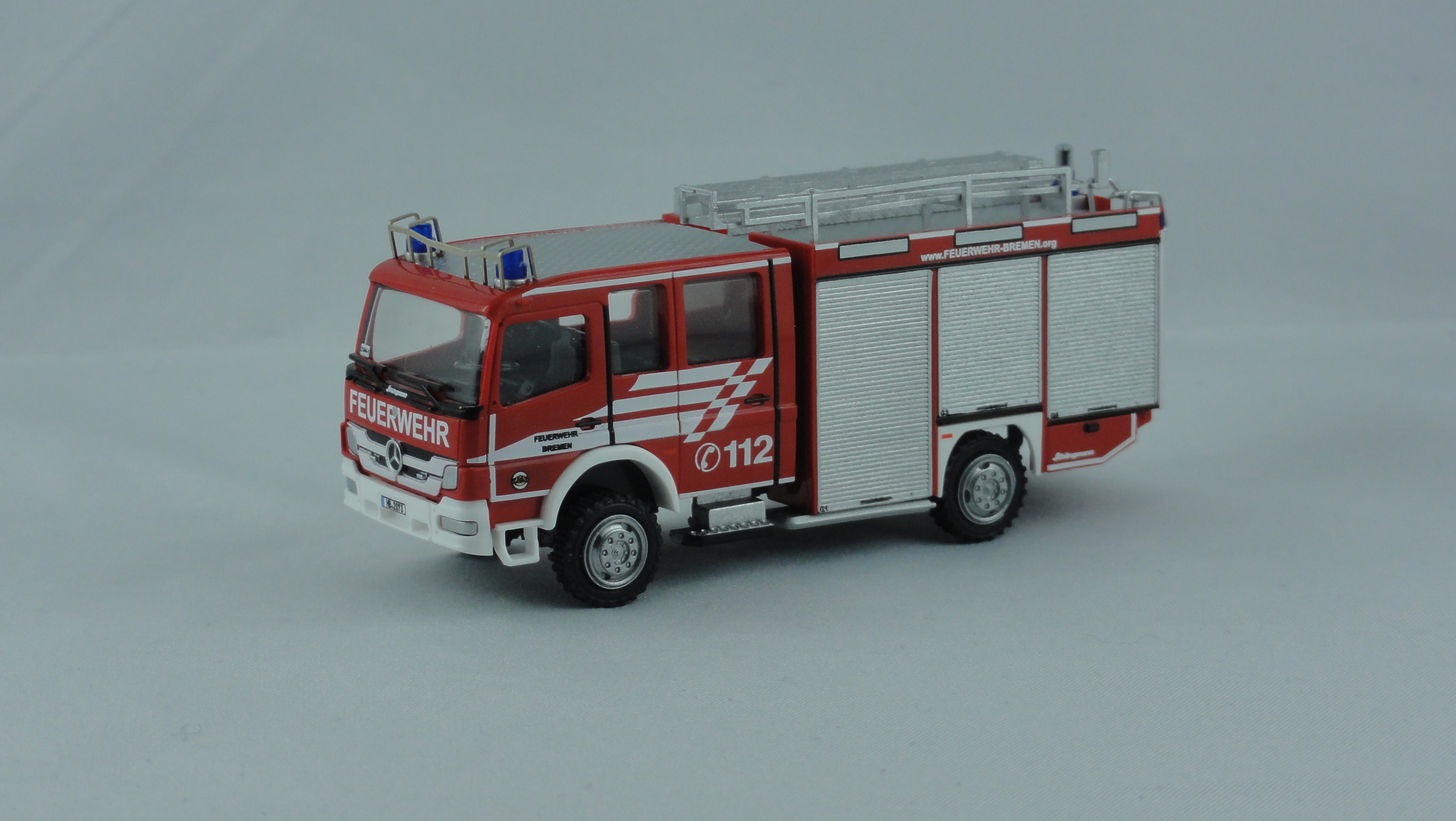 Rietze MB Atego 10 Schlingmann LF 10 Feuerwehr Bremen Mahndorf