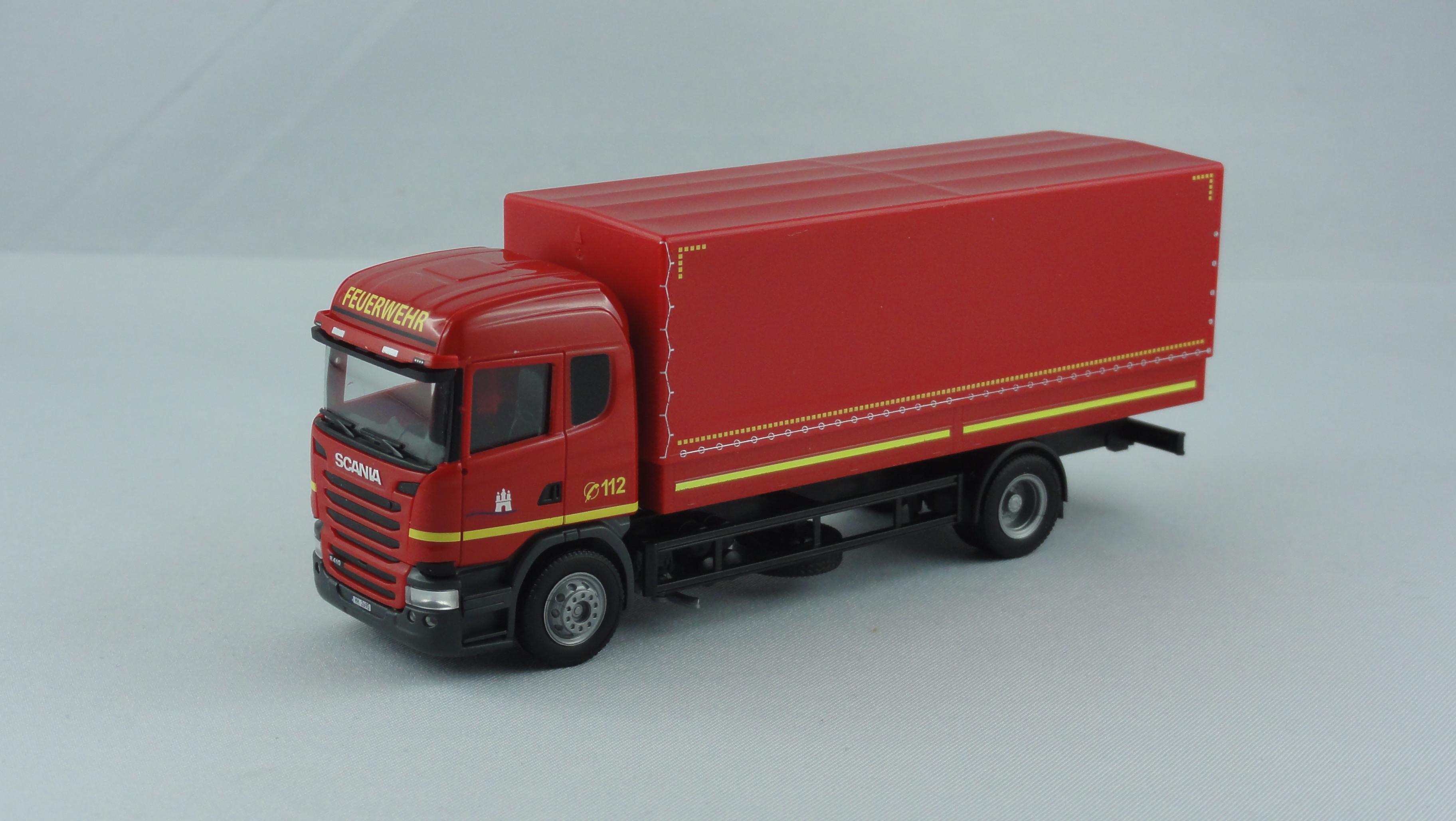 """Herpa Scania R`13 HL P/P Feuerwehr Hamburg """" Fahrschule HH-2690 """" ,!!!!!! 2. VERSION !!!!!"""