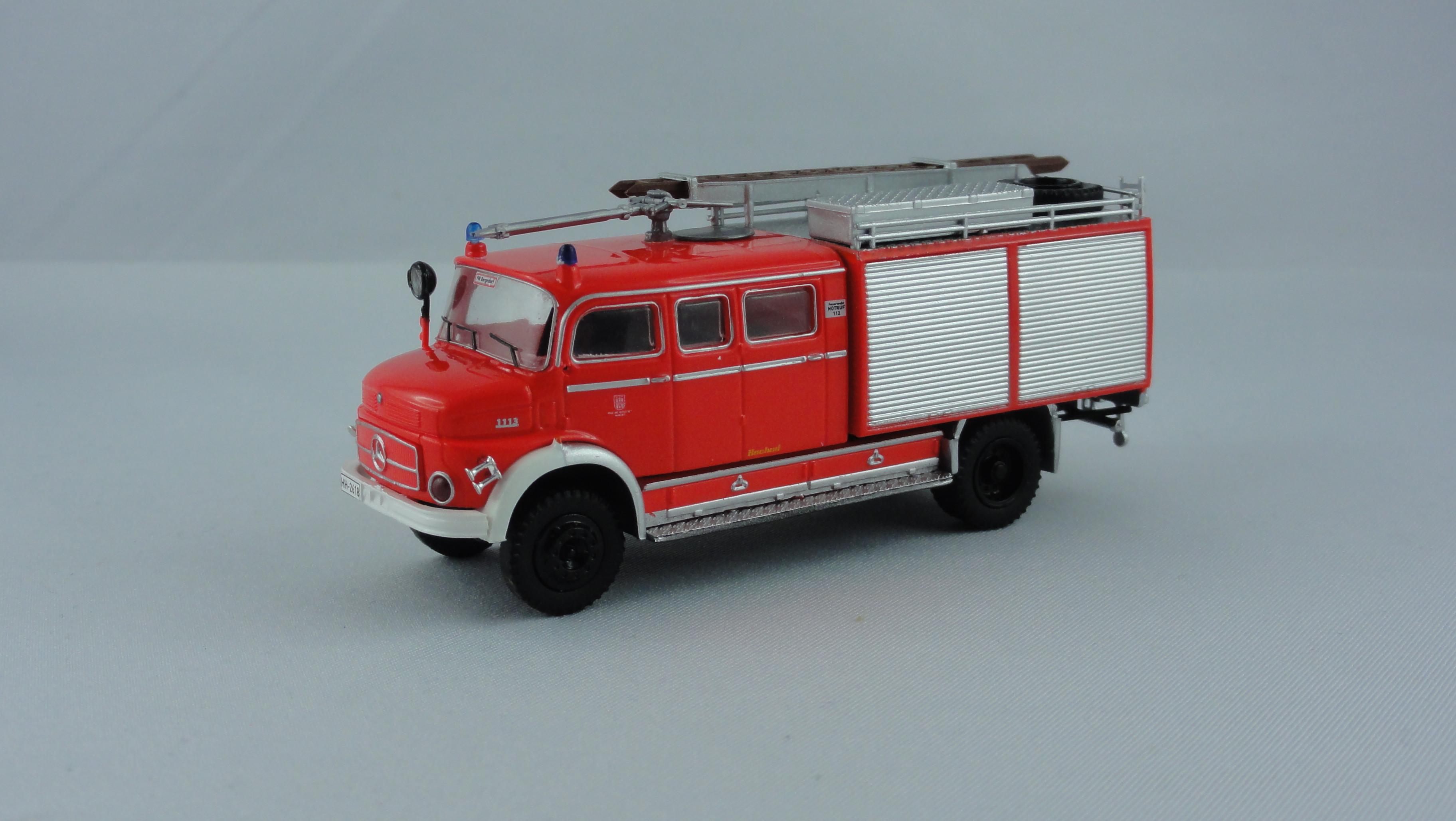 Brekina MB LAF 1113 TLF 16/25 Feuerwehr Hamburg Bergedorf (BF)