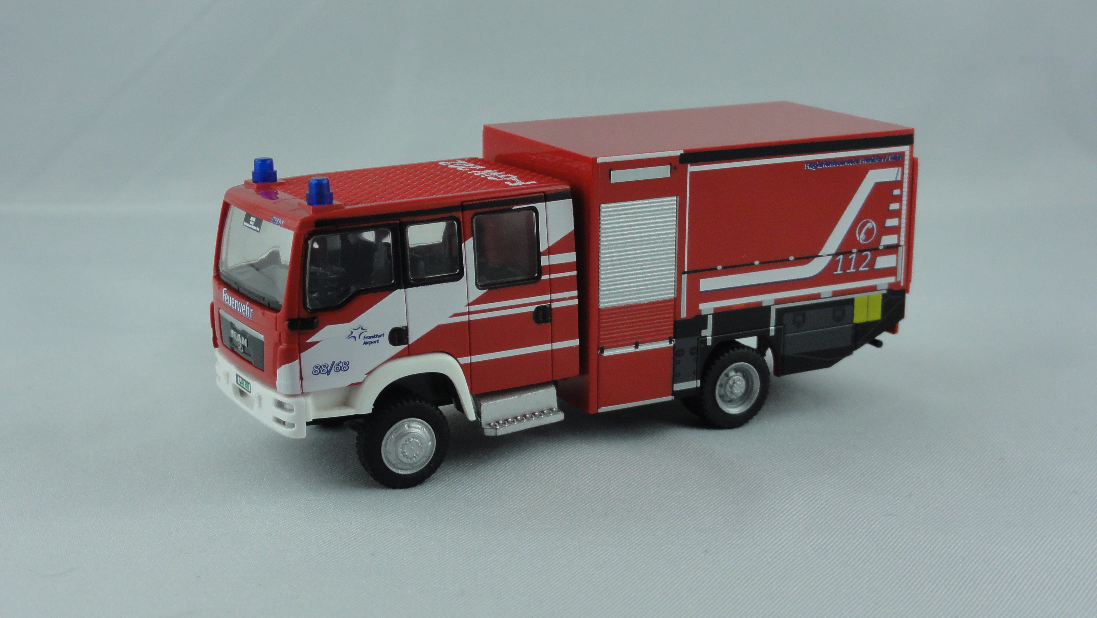 Rietze MAN TGM FL GW-L 2/1 Feuerwehr Airport Frankfurt am Main (FRAPORT AG)