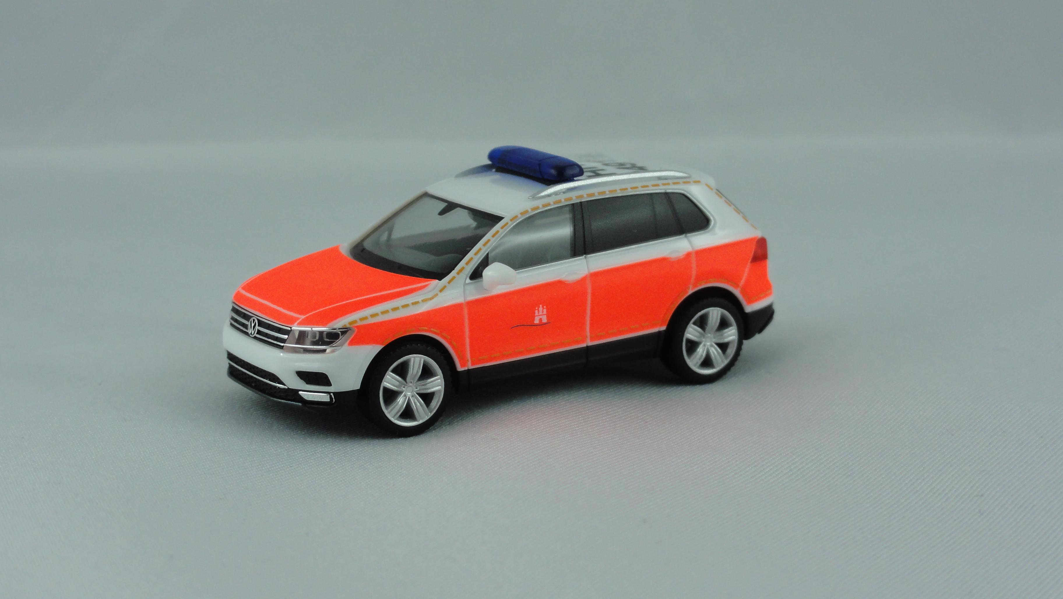 Herpa VW Tiguan KdoW Feuerwehr Hamburg BF Berliner Tor HH - 2491, Sondermodell Auflage 200 Stück