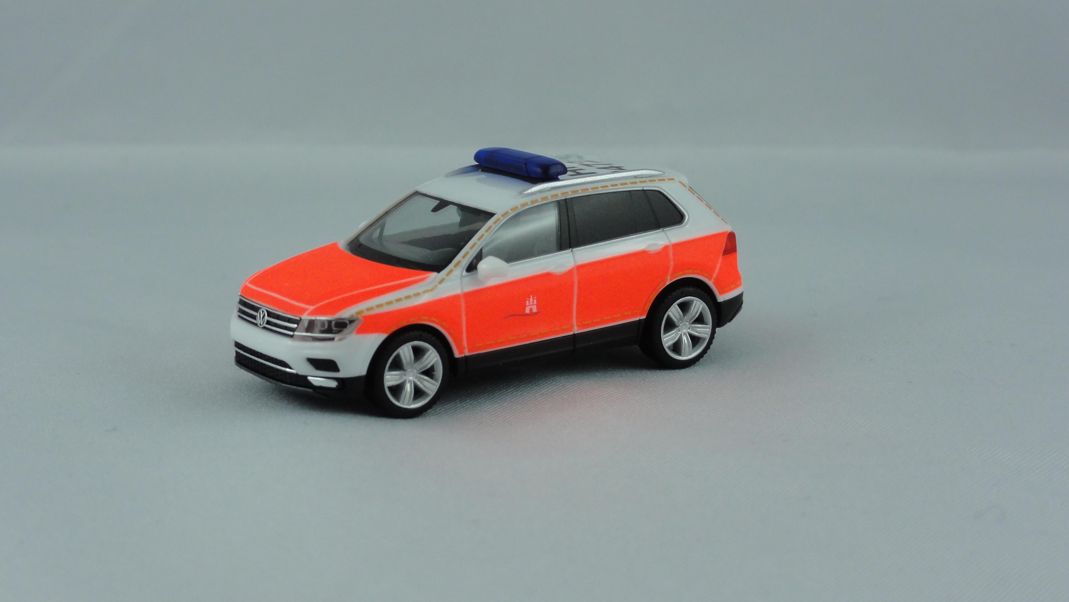 Herpa VW Tiguan KdoW Feuerwehr Hamburg BF Berliner Tor HH - 2472, Sondermodell Auflage 200 Stück