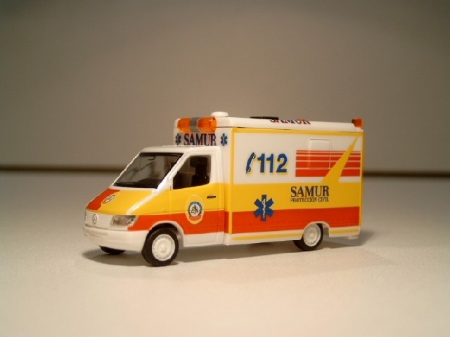 Herpa MB Sprinter RTW SAMUR Rettungsdienst Spanien -ES-