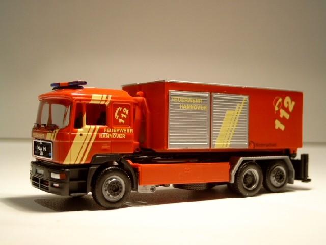 Herpa MAN F 2000 WLF / AB-Tunnelrettung BF Hannover