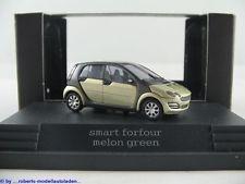 Busch Smart forfour ´04 melon green in PC-Box  -Einzelstück-