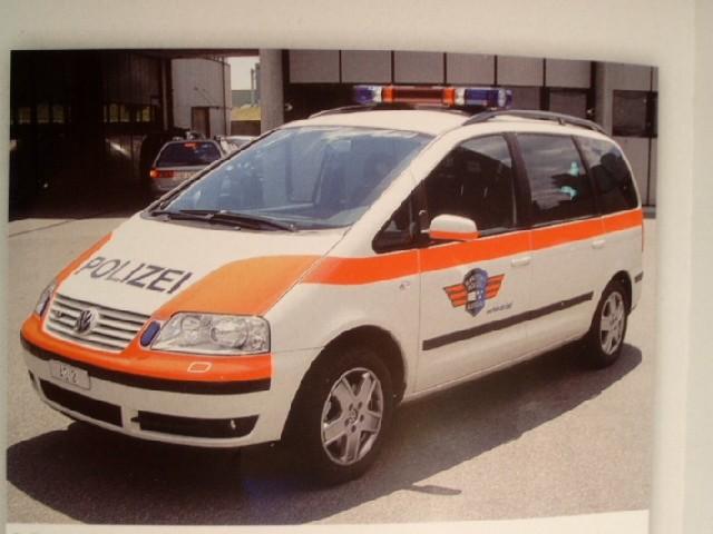 Rietze VW Sharan Polizei Aargau (CH)