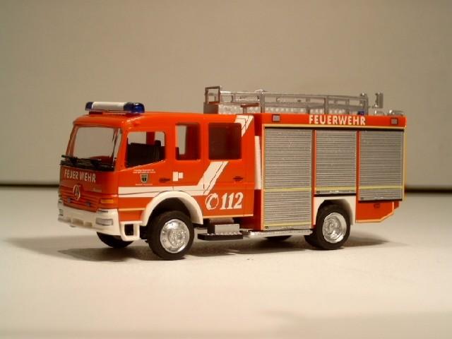 Rietze MB Atego TLF 16/25 Feuerwehr Bad Soden am Taunus Stadttei