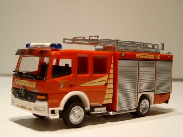 Rietze MB Atego LF 16/12 Feuerwehr Zellhausen /Mainhausen (Einzelstück)