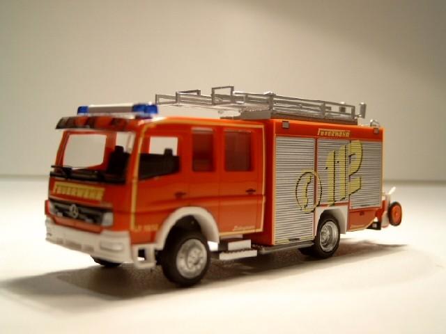 Rietze MB Atego LF 16/12 facelift 112