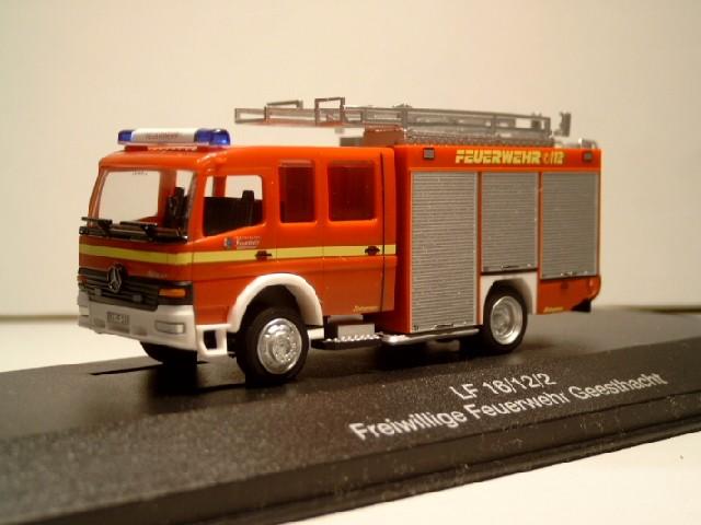 Rietze Einsatz-Serie MB Atego LF 16/12 Feuerwehr Geesthacht