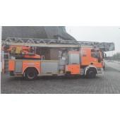 Rietze IVECO DLK M32 Feuerwehr Hamburg Alsterdorf ( Sondermodell Vorbestellung / Modell noch nicht lieferbar !!)